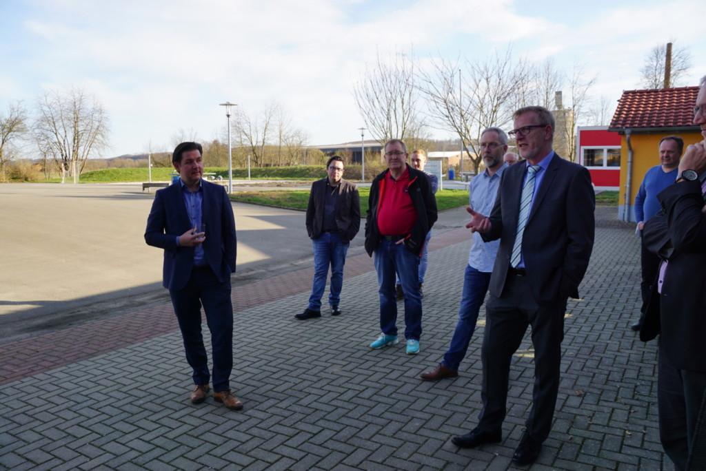 Gesprächsrunde mit dem Samtgemeindebürgermeister Rolf Hellwig und dem Landratskandidaten Marcel Riethig an der Oberschule Hattorf